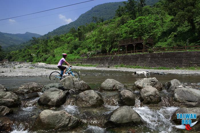 白鮑溪自行車步道